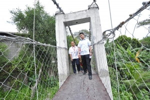 Two New Foot Bridges Connect Valenzuela City To Caloocan